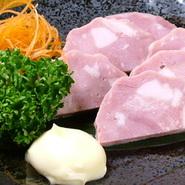 岐阜県郡上市の名産品、産地工場直送、生か炙り焼きしてお持ちいたします、素朴味わいをお楽しみください。