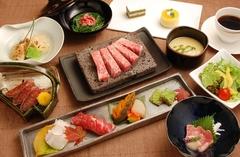 松喜屋独自の牛肉創作料理「近江牛のステーキ割烹」です。松喜屋ブランドを心ゆくまでお楽しみください。