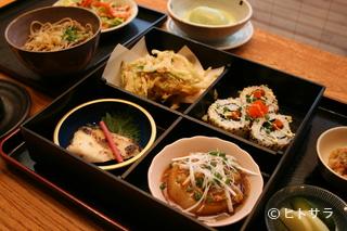 奥京甲府昭和店の料理・店内の画像1