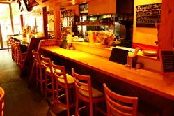 冬季限定チーズフォンデュを含む人気メニュー + 飲み放題で2500円コースをご用意致します!!
