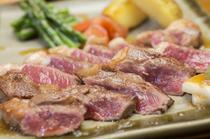沖縄県産和牛を使った、『サーロインステーキ』