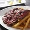 国産牛のステーキ&チップスorサラダ