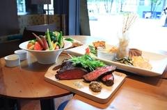 お肉好きのためのガッツリ肉コース!ソルビバ自慢のお野菜とご一緒に☆
