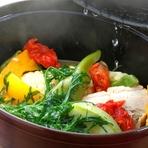 シェフの地元栃木からの無農薬・有機野菜をふんだんに使った料理