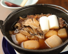しっかりと牛出汁が味わえる看板料理『いも煮』
