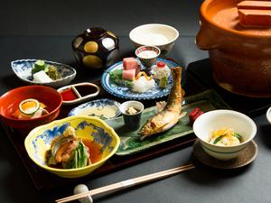 京料理をリーズナブルに提供する『ヒトサラ限定会席』