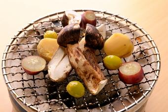 山梨県の食材を使った旬の和食をお届けします