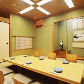 完全個室は接待や大事な会食に最適です。