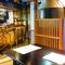 ゆったりと食事が楽しめる、和の雰囲気溢れるモダン個室。