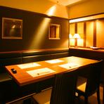 落ち着いた雰囲気の上質な空間は、会社の接待などにも最適。しっとりとした空間で、話も弾みます。