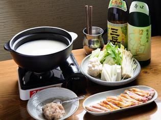 播州地鶏の旨味が詰まった『白いスープの地鶏鍋』