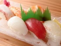 寿司にぎり(6貫)/800円
