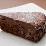 生チョコのような濃厚な口どけ『本気のガトーショコラ』