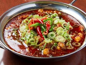 辛口豚肉と野菜煮込み料理