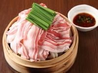 野菜の甘みが凝縮された『豚肉と野菜セイロ』