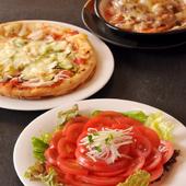 当店オリジナルピザをはじめ、計8種類のピザメニューもご用意