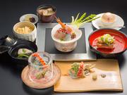 その日、その時の最高の食材を日本食「雅庭」料理長が、最高の調理法で奏でるおもてなし会席。