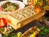 料理長こだわりのこだわりの地鶏の特製味噌焼きは絶品!女性のお客様を中心に予約殺到の一番人気。
