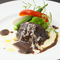 じっくり煮込んで柔らかな『九州産牛ホホ肉の赤ワイン煮』