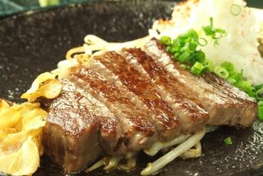 特選黒毛和牛サーロインステーキ