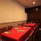 最大10名対応の半個室は、女子会や接待、ご家族などの会食に