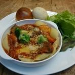 ローマ風 牛タンのトマト煮込み(エミリヤロマーニャ)