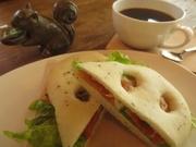 日替わりスープ、サンド、好きなドリンクが付いたモーニング限定セット