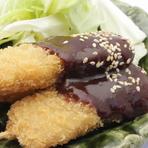 豚串カツ(1本) 180円/豚串焼き(1本) 180円