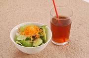 ドリンク(コーヒー・紅茶・烏龍茶・オレンジジュース・コーラ)
