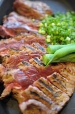 マグロのホホ肉ステーキ