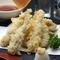 小いわしの天ぷら。旅の方にも呉人にも支持される瀬戸内の味覚