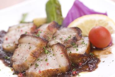 豚バラ肉のグリル~玉ねぎとバルサミコソース~
