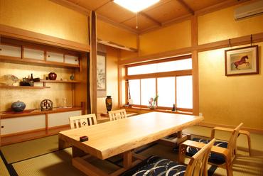 金色の特別室《桜》 (8名様まで)