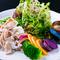 新鮮野菜と【ととろ豚】自家製ドレッシングで贅沢サラダを…