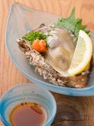 口に広がる濃厚な味わい・ぷりぷりの食感…天然岩牡蠣