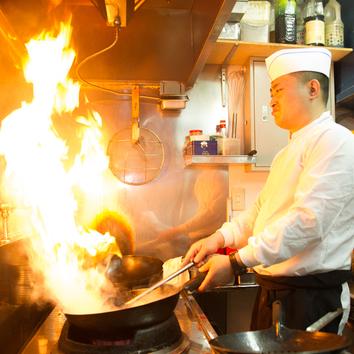 何が出てくるかお楽しみ 香南厨房料理長お任せコース