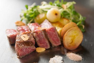 黒毛和牛リブロースのステーキ