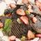 『イチゴとレバーのサラダ バルサミコとハチミツのソース』