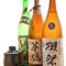 お酒も種類豊富。地元銘酒を用意しています
