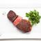 適度にバランスの取れた赤身肉を自社熟成倉庫で熟成しました。