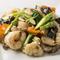 食材の持ち味が生きた『季節野菜と海鮮三品の炒め物』