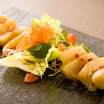 お刺身でも食べられる新鮮で大きなホタテをカルパッチョ風にしました。