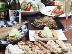 会食、接待、観光の際のお食事にも好評です。地産の食材を使ったコースをお愉しみ下さい。