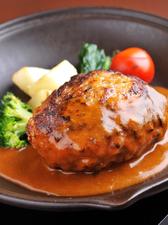 肉とデミグラスソースの相性がいい『ハンバーグとうばん焼き』