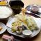 季節の野菜をふんだんに取り入れた『天ぷら定食』