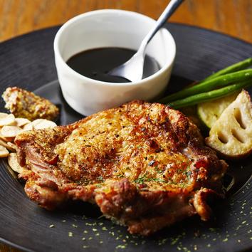 ●60種以上飲み放題付!メインに鶏もも肉のロースト(全7品)