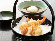 サクサクの衣と海老の甘味が絶妙な『車海老の天ぷら』