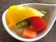 """常時7~8品ある""""伊ツマミ""""から好きなもの選んでアナタだけの前菜盛り合わせを楽しめます! ※内容は日によって異なります。"""