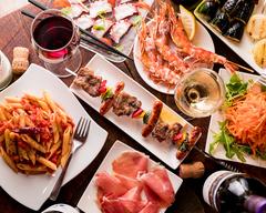 しっかり食事したい方におすすめ!大山鶏のレバッチョ、前菜~サラダ、ピザ、イベリコ豚、〆にお食事!