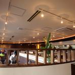 オープンな雰囲気の居心地のよいお店。